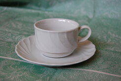 TAZZA THE CON PIATTINO PALLAS BIANCO